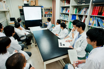 診断薬開発イメージ